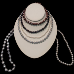 pearl-necklaces-600