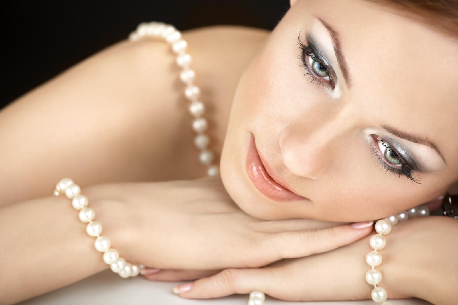 pearls west toronto
